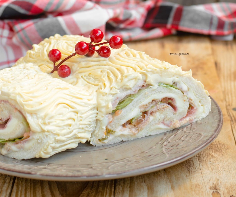 Ricetta Tronchetto Di Natale Salato.Tronchetto Di Natale Salato Impastando A Quattro Mani