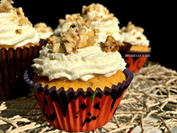 cupcake alla zucca con noci e frosting al mascarpone, idea per halloween
