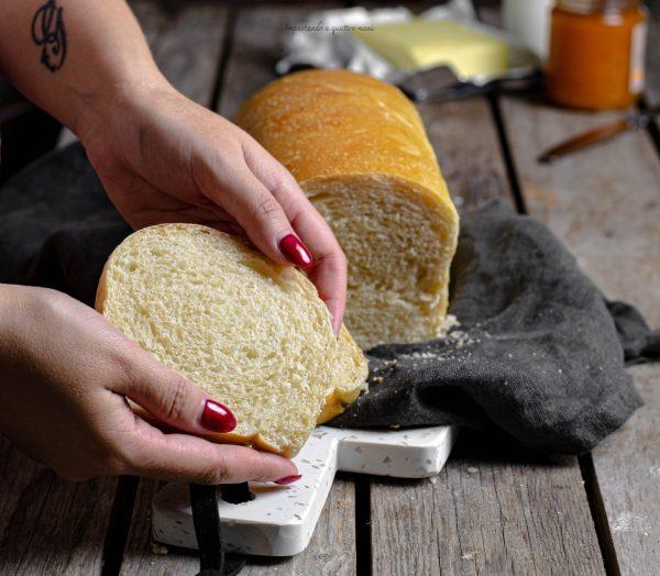 pan bauletto con lievito madre fatto in casa
