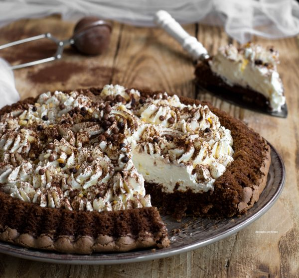 crostata morbida al cioccolato con cheese cream, crema al formaggio