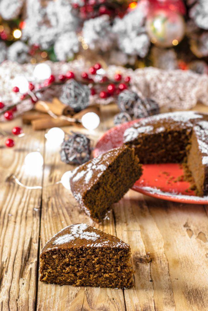 torta gingerbread, torta pan di zenzero natalizia