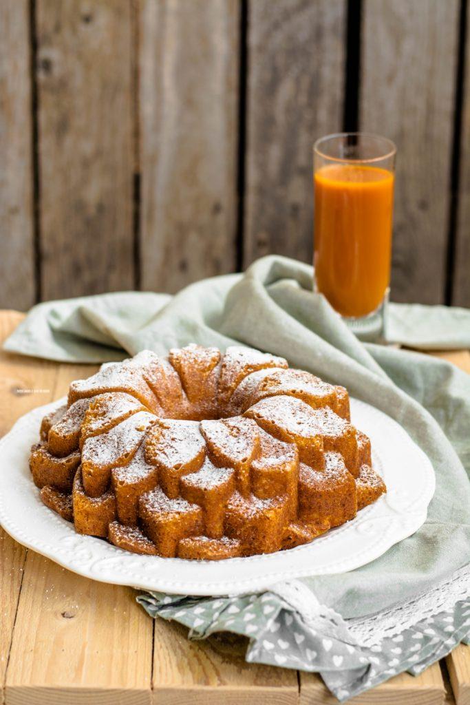 torta di carote con mela e arancia
