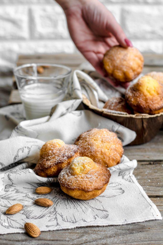 madeleine, pasticcini francesi a forma di conchiglia