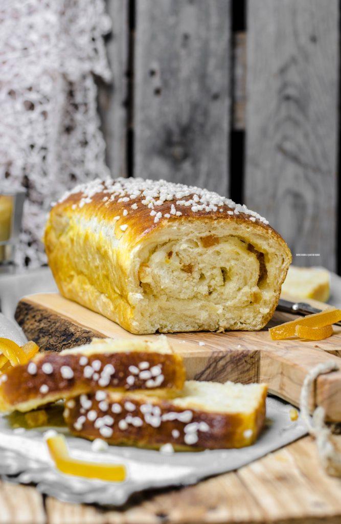 pan bauletto dolce con arancia candita e cioccolato bianco, con lievito madre