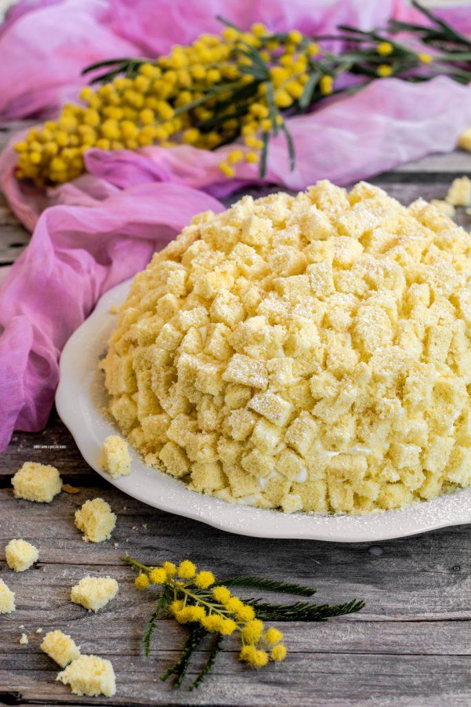 online store 4084c d3974 Torta Mimosa, il dolce della festa della donna