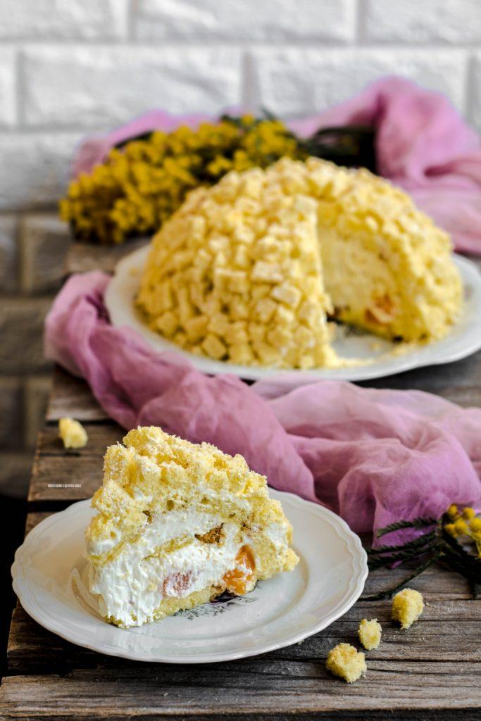 torta mimosa con crema diplomatica e frutta, festa della donna