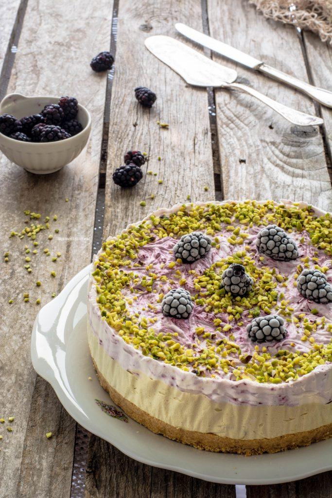 torta gelato pistacchio e more senza gelatiera
