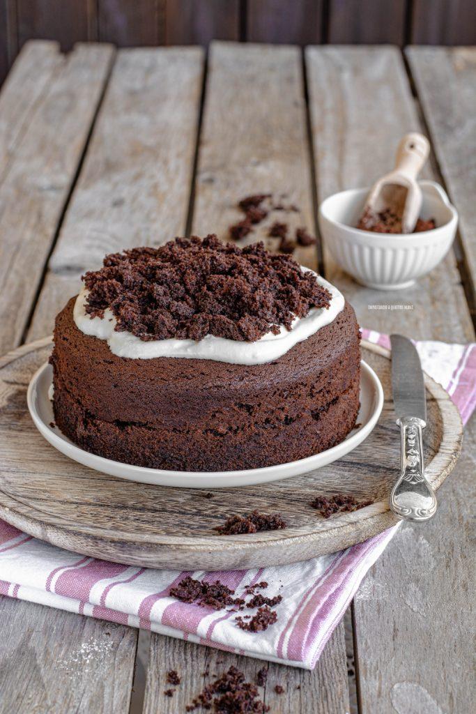 preparazione torta paradiso al cacao con crema al latte