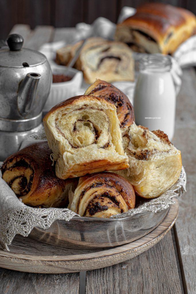 pan brioche a lievitazione naturale con confettura di fichi e cacao