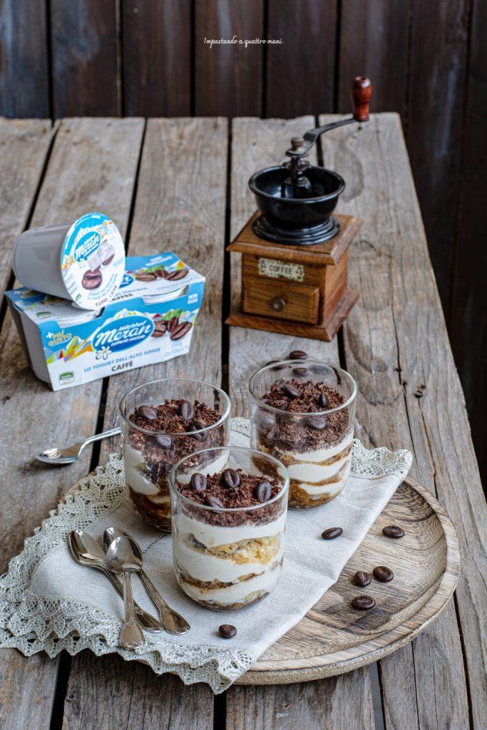 simil tiramisù con ricotta e yogurt al caffè in monoporzione