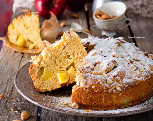 torta di mele e farina di mandorle