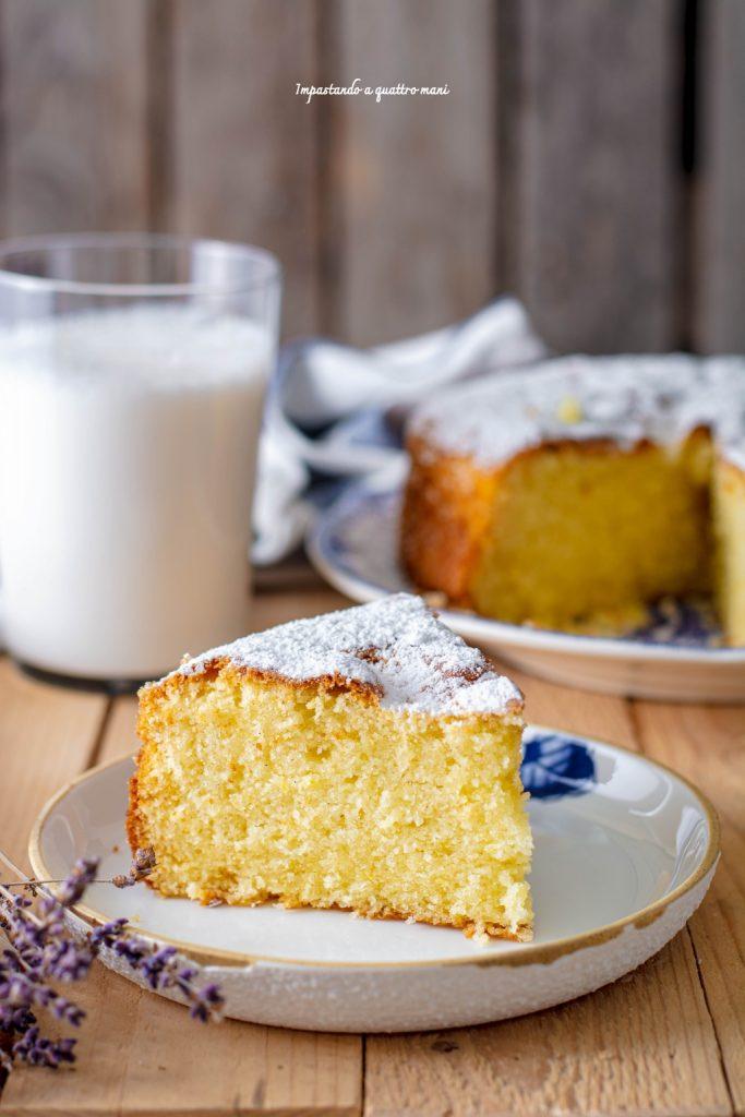 torta alla panna montata e vaniglia