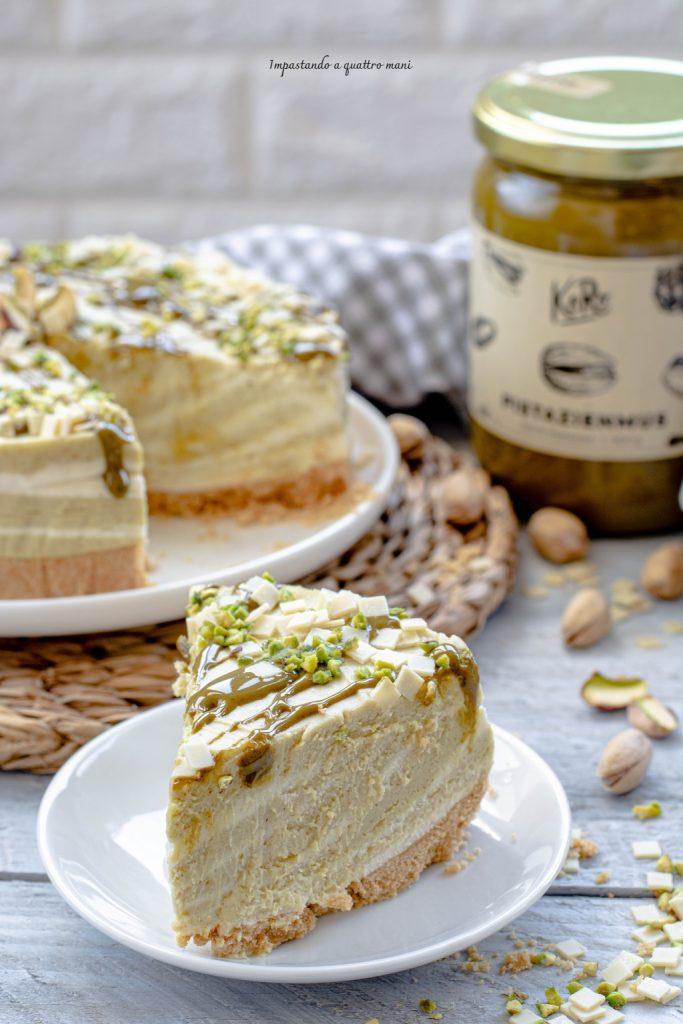 cheesecake al cioccolato bianco e pistacchio senza cottura