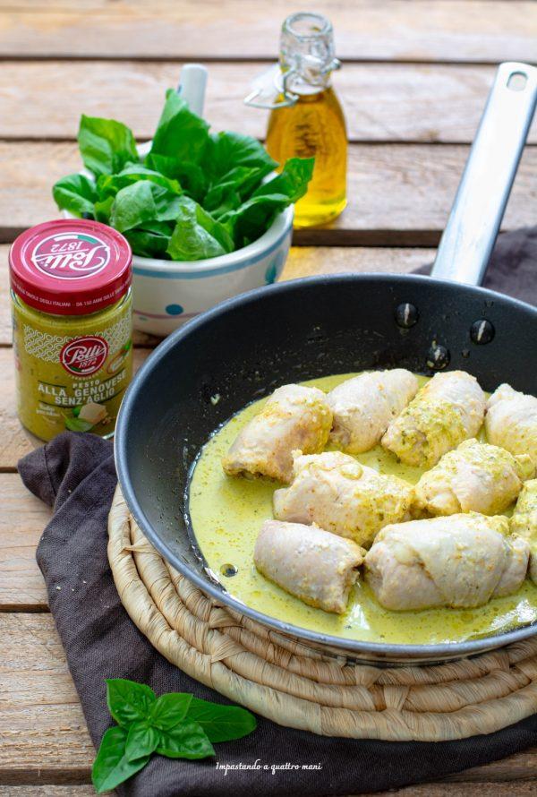 preparazione involtini di pollo mantecati in crema di pesto