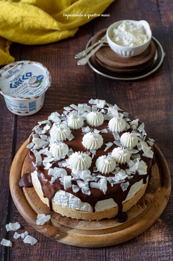cheesecake allo yogurt greco e cocco