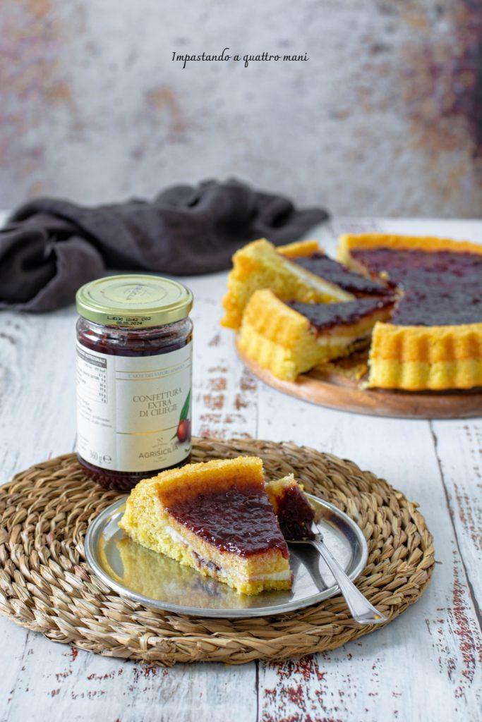 crostata morbida con ricotta e confettura di ciliegie